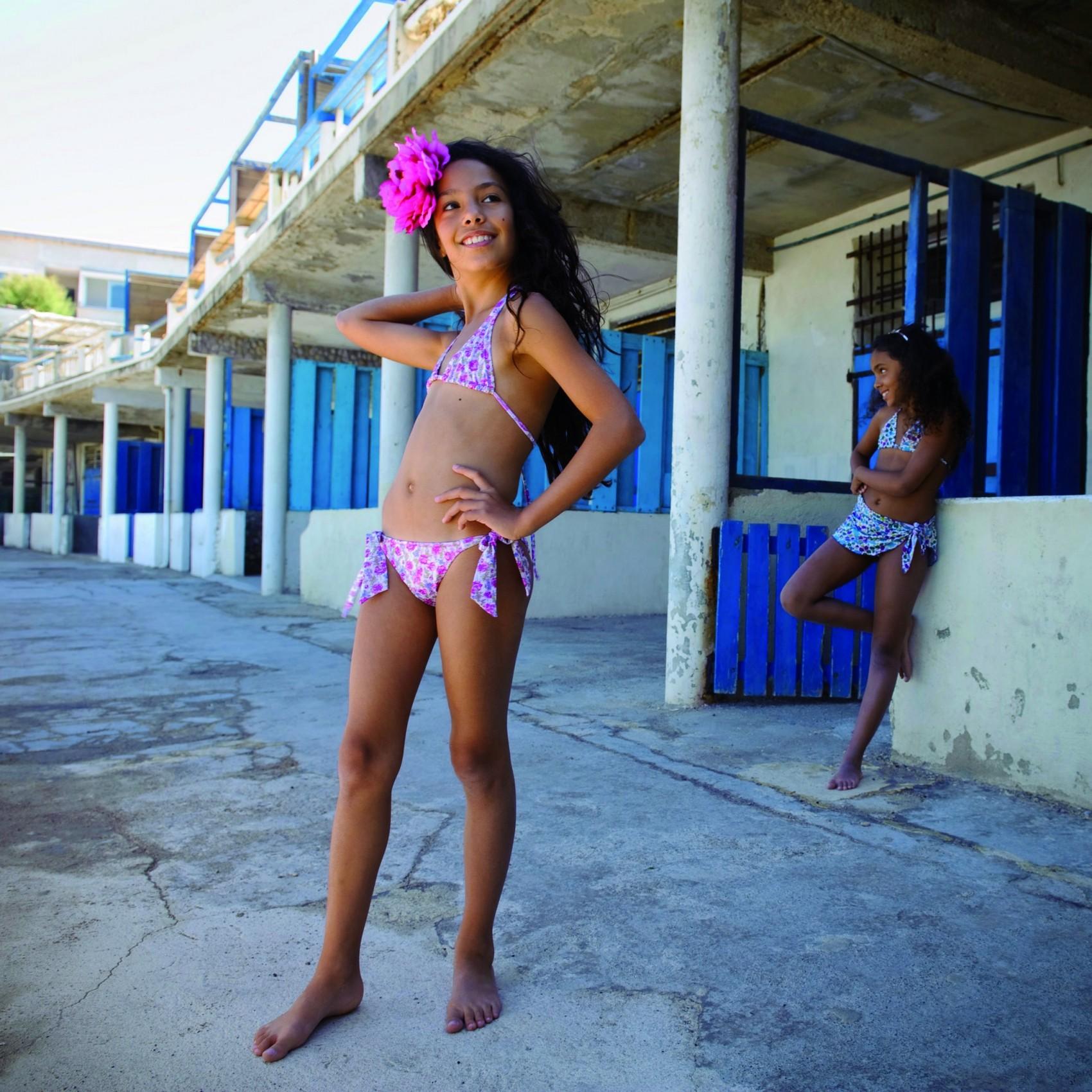 bikini ado site de ce