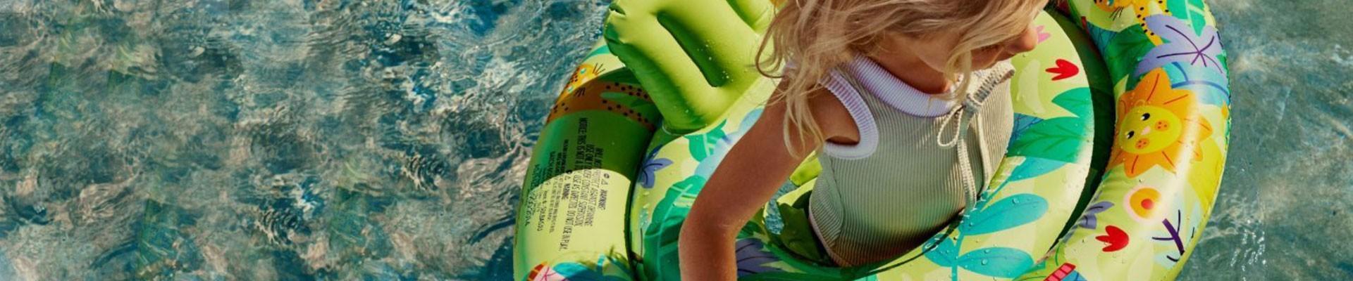 Jeux d'eau pour enfants, bouée, brassard de nage et piscine gonflable